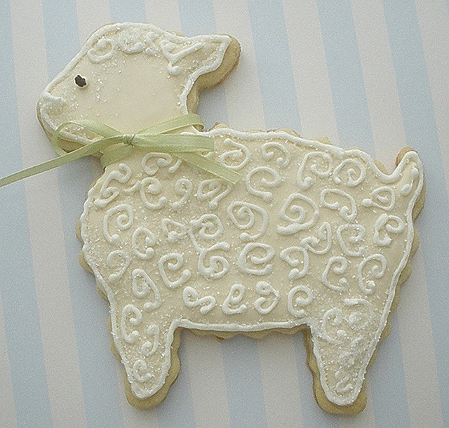 Lamb baby shower cookie by Gina, owner of CupCakeBite/Cup Cake Pantry ...