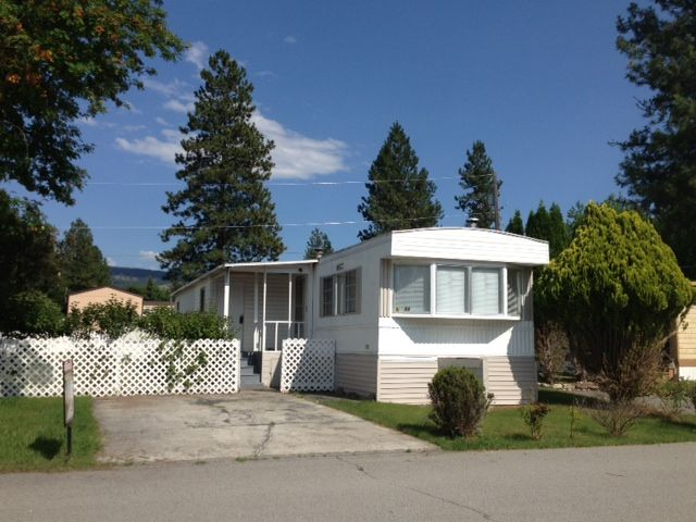 Great mobile that's priced to sell! Only $21,900 with 2 bedrooms, 1 ...