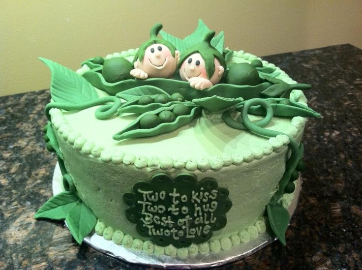 baby shower cakes twins creepy adorable twin baby shower cake