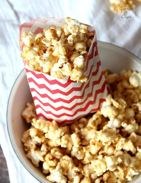 Salted Caramel Popcorn | www.cookiesandcups.com | #recipe #popcorn # ...