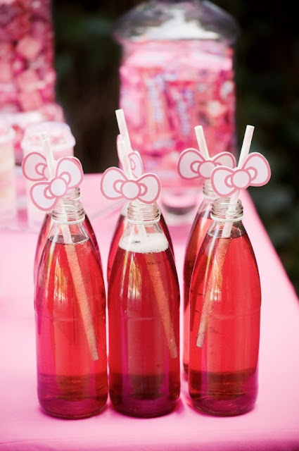 OMG so cute for drinks, hello kitty bows on straws
