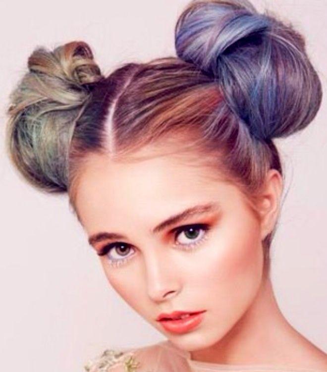 Как сделать две гульки из волос 133
