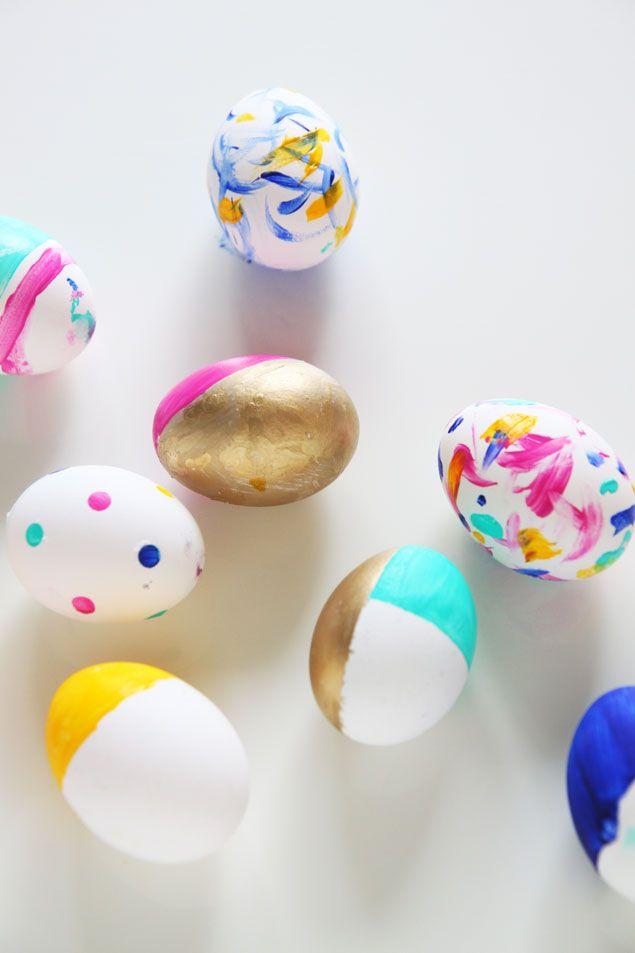 Painted gold easter eggs - easter eggs with kids - www.pencilshavingsstudio.com