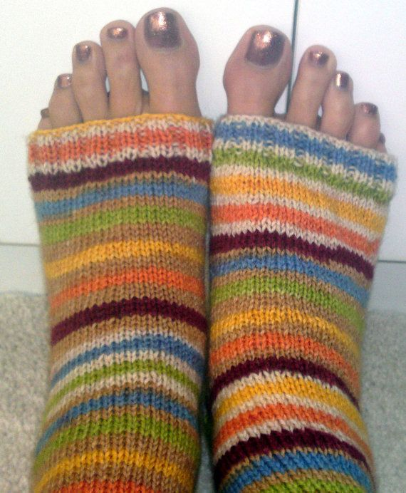 Knitting Pattern For Pedicure Socks : hand knit pedicure socks knitting Pinterest