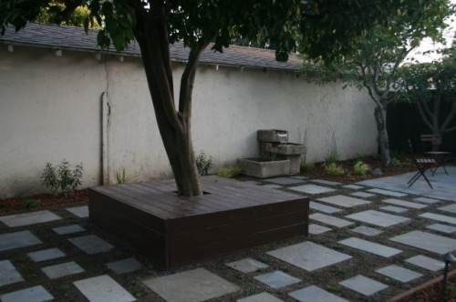 Courtyard pavers for the home pinterest for Paving ideas for small courtyards