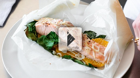 Salmon and Spinach in Parchment | yum. | Pinterest