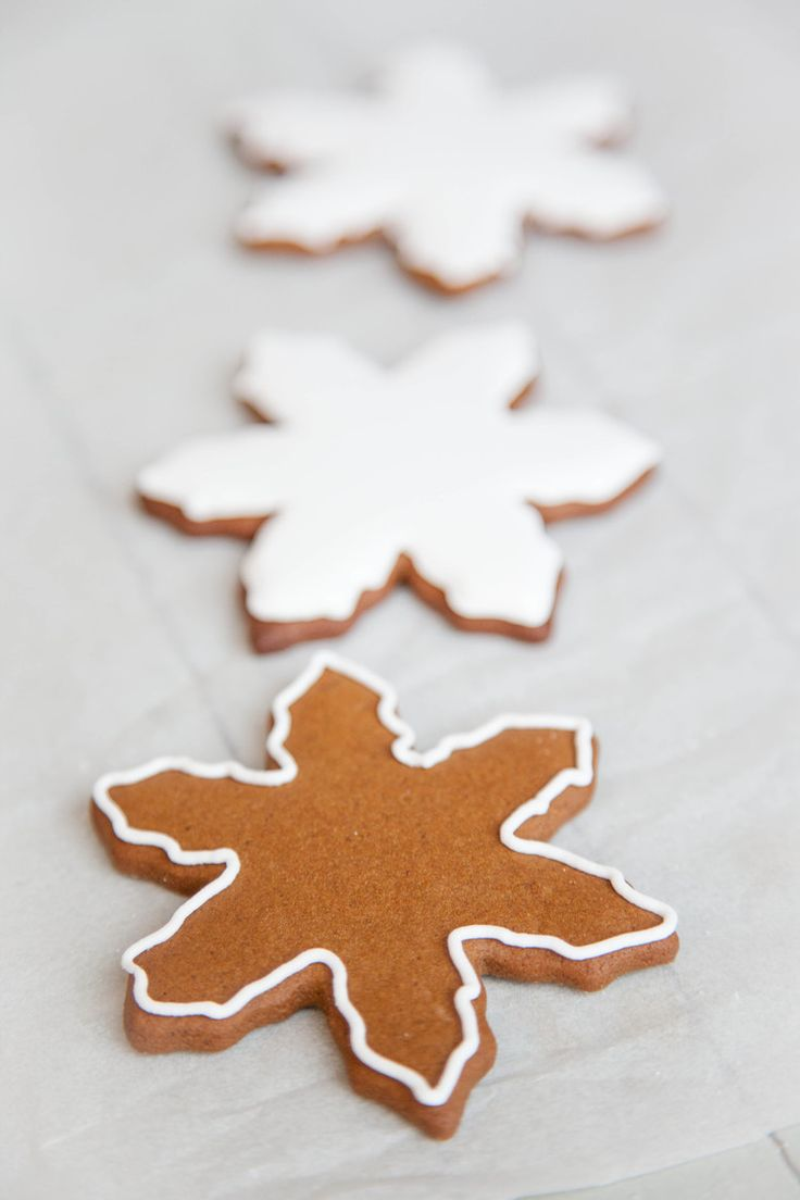 Gingerbread Cookies with Royal Icing | Christmas Ideas | Pinterest