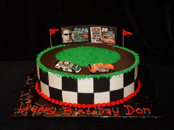 Cake Decorating Racing Car : Race track cake Birthday Party Ideas Pinterest
