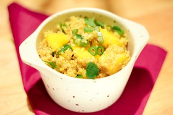 Curry quinoa salad with mango | Food | Pinterest