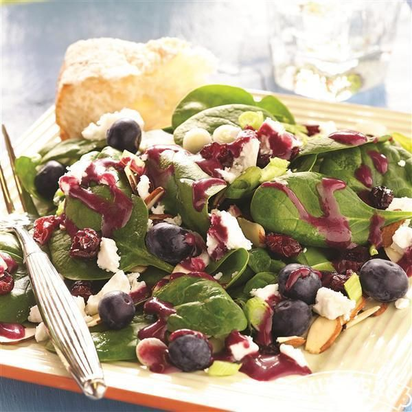 Spinach #Salad with Blackberry #Vinaigrette from Smucker's®