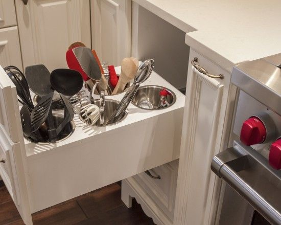 Love how the cooking utensils are stored