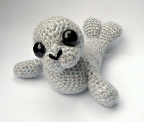 Stitch Amigurumi Crochet Pattern : Seal pattern by Patchwork Moose.. Crochet Cuties Pinterest