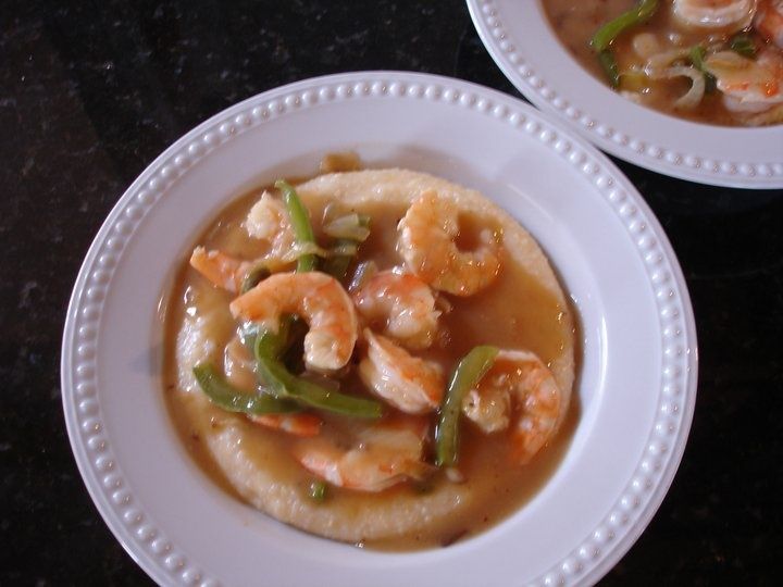 ... com cakes simple shrimp and grits maxie s shrimp and grits grits with