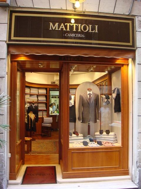 good shirtmaker Mattioli Camiceria - Roma