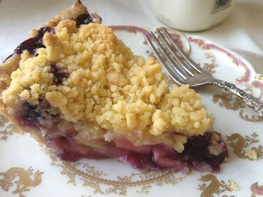 apple & blueberry crumble - or maybe do peach instead of apple