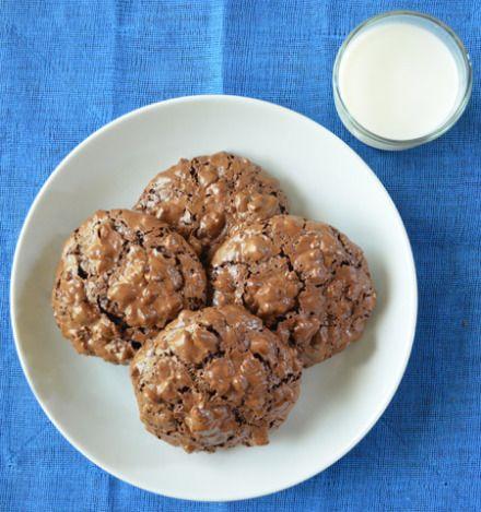 Flourless chocolate pecan cookies   My Sweet Tooth   Pinterest