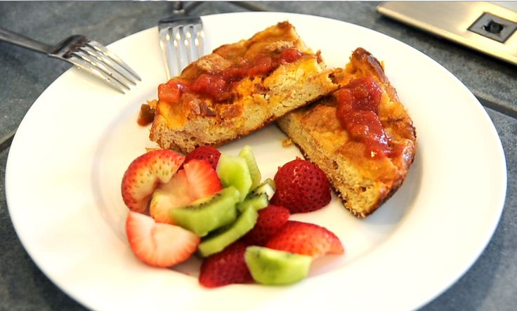 Bacon, Egg & Cheese Strata – $10 or Less Meal (Perfect for Mother ...