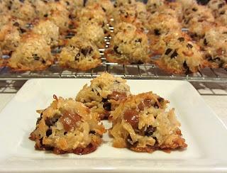 Coconut, caramel, chocolate macaroons   Recipes   Pinterest