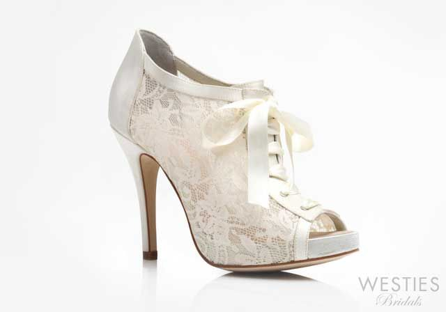 made in Mexico, designed by Nine West for young women. #