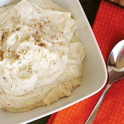 Skinny Rosemary Garlic Mashed Potatoes | Skinny Mom | Where Moms Get ...