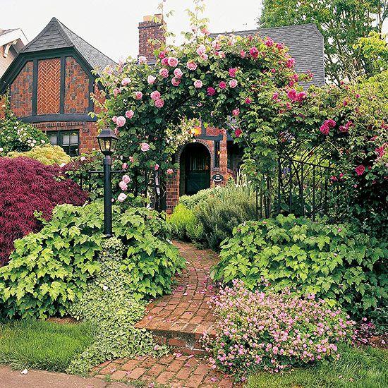 Tudor style home ideas for Tutor house