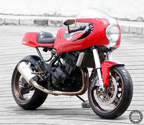 Studio Motor Kawasaki Ninja 250 http://goodhal.blogspot.com/2013/01/studio-motors-ninja-250.html