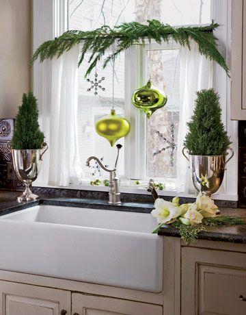 green #christmas decor