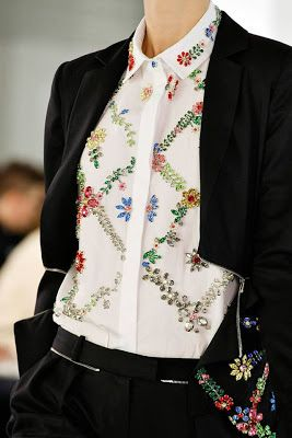 Diy tutorial: lace bib t-shirt