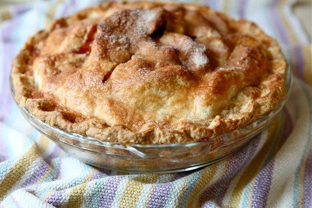 Peach blueberry pie | joythebaker | Sweet | Pinterest