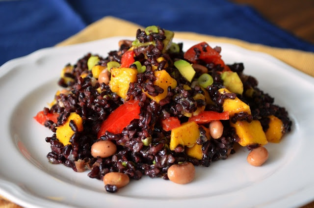 Rice, Mango, and Black Eyed Peas Salad | Food I'd like to make | Pint ...