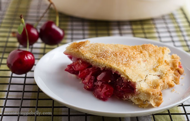 Fresh cherry cardamom pie | food | Pinterest