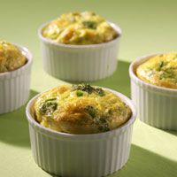 CRUSTLESS BROCCOLI CHEDDAR QUICHES: Great treat for everyone to have ...
