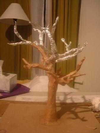 Дерево на стене из папье-маше своими руками 38