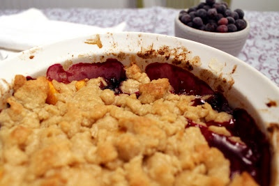 blueberry and peach crumble | recipes | Pinterest