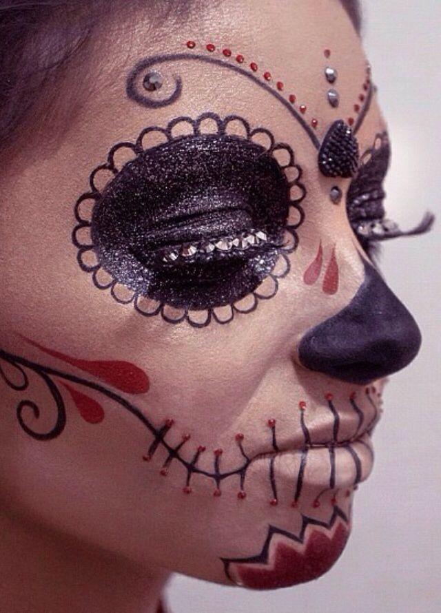 pretty sugar skull face painting maries halloween