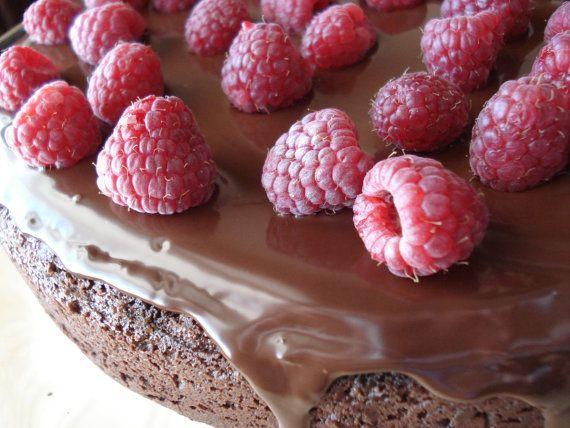 dark chocolate raspberry truffles. | Yummmmmmmmmmm | Pinterest