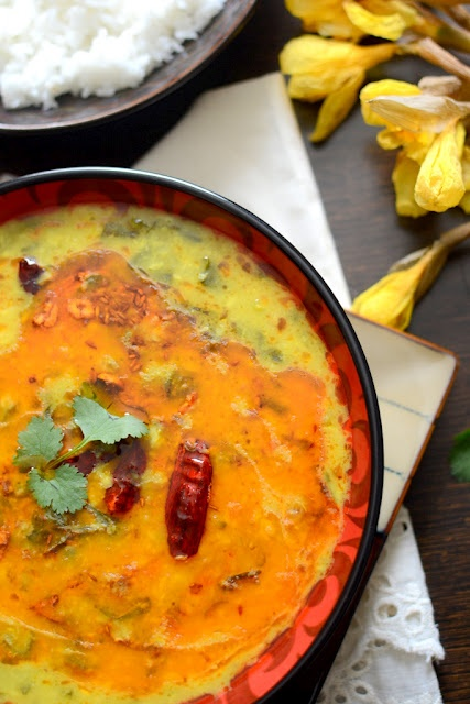 Palak moong daal\Split yellow lentil with spinach