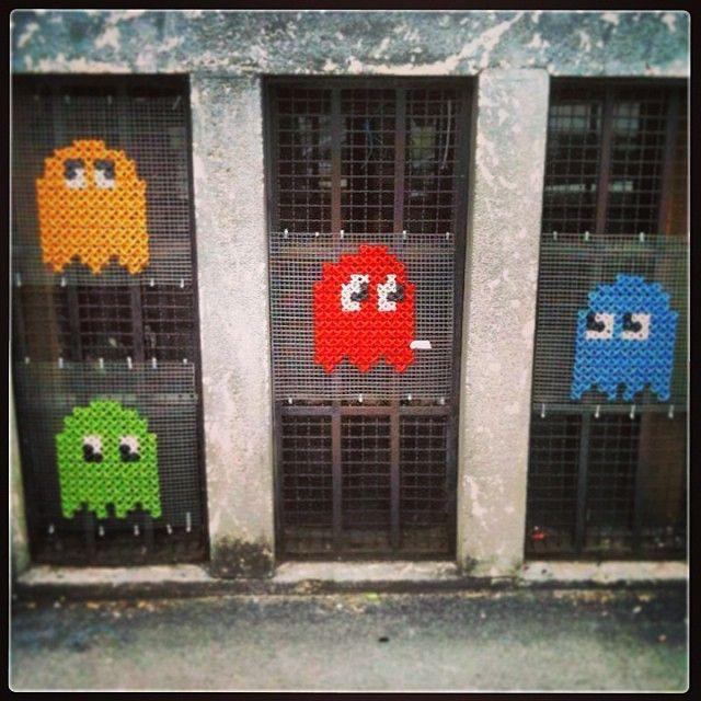 """Did you know that the original name for Pac-Man was Puck-Man?"" #yarnbomb #streetart #pacman #KnitHacker"