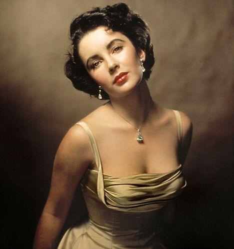 Elizabeth Taylor - Beautifully sculpted