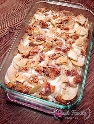 Easy Apple Strudel Dessert Recipe-uses canned cinnamon rolls