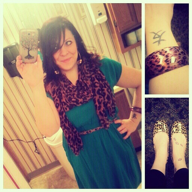 Cheetah flats, jewelry and scarf with #Target turquoise dress