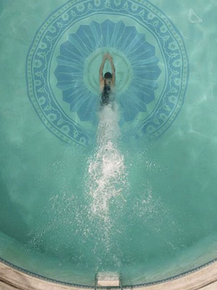 Gatsby 39 s pool swimming pools pinterest for Jay gatsby fear of swimming pools