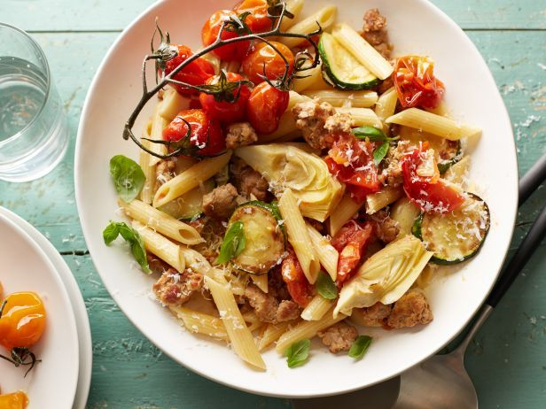 Recipe of the Day: Easy Farmers Market Pasta.   Tyler makes a simple sauce using tomatoes and zucchini from the farmers market then adds artichokes and sausage – giving the dish tons of flavor – before tossing it all with pasta.