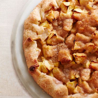 Apple Crostata - A hybrid of two classics, this dessert takes the best ...