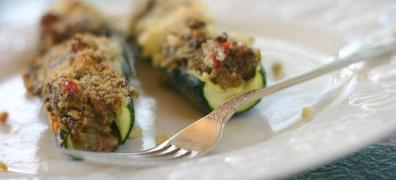 Pesto & Mushroom Stuffed Zucchini Boats | Foodie | Pinterest