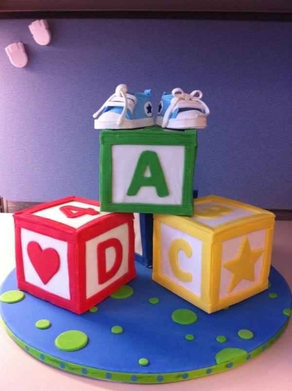 Building blocks cake idea - spell child's name.