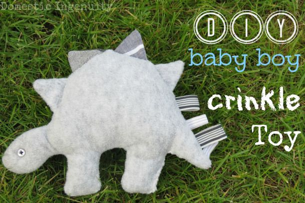 DIY dino crinkle toy - cute baby shower gift!