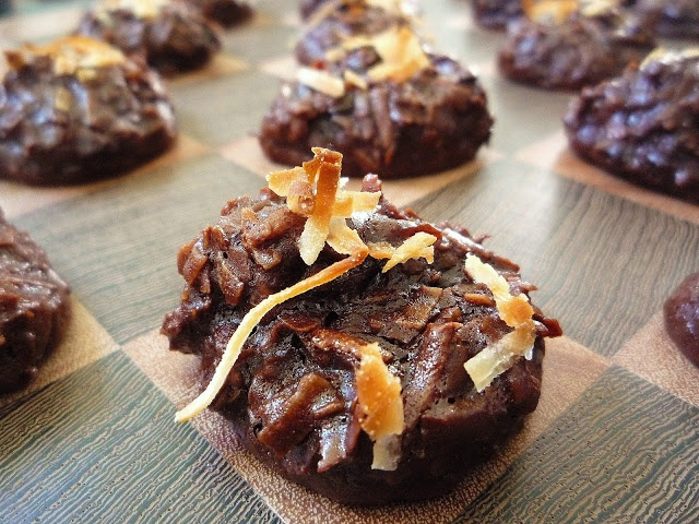 Chocolate Cherry Coconut Macaroons | Favorite Recipes | Pinterest