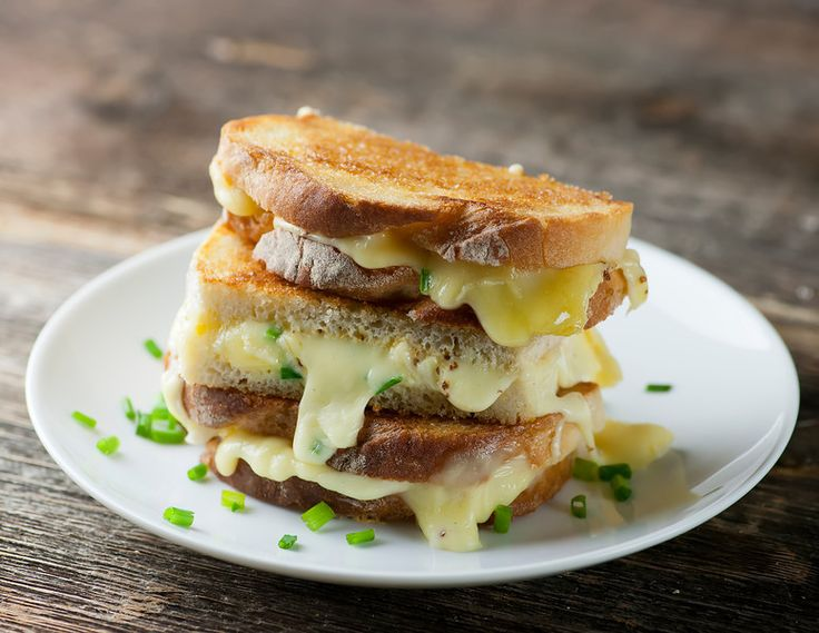 There are grilled cheese sandwiches, and then there are Grilled Brie ...