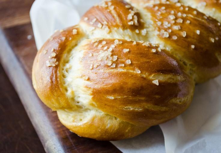 La Petite Brioche: Pretzel Challah | Breads | Pinterest
